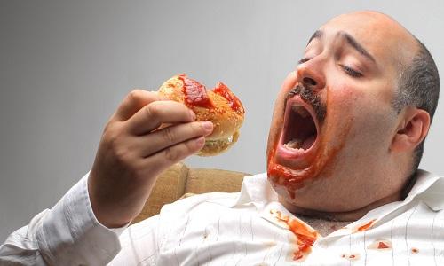 При наличии шишки следует исключить из рациона продукты, способствующие затрудненной дефекации