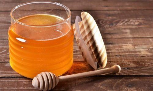Прекрасно зарекомендовало себя лечение геморроя медом