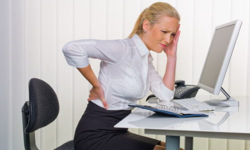Учитывая, что малоподвижный образ жизни способствует появлению проблем с кишечником и развитию геморроя, женщине при сидячем образе жизни каждые 2-3 часа делать разминку, чтобы поддерживать мышцы в тонусе