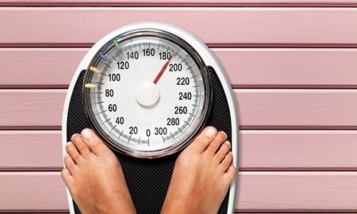 Если вес человека будет больше допустимого, надувная модель просто лопнет, а изделие из полиуретана или поролона будет неэффективно