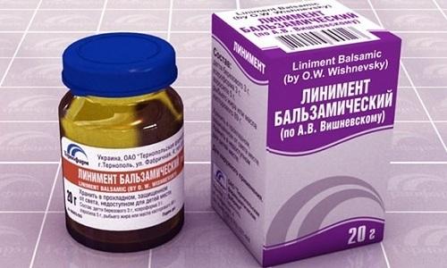 При наружной форме заболевания и анальных трещинах используют гомеопатическую мазь Вишневского