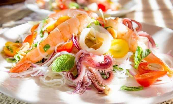 Диета при заболевании принесет свою пользу, если стараться употреблять морепродукты