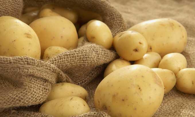 Картофель провоцирует повышенный метеоризм и строго противопоказан при геморрое