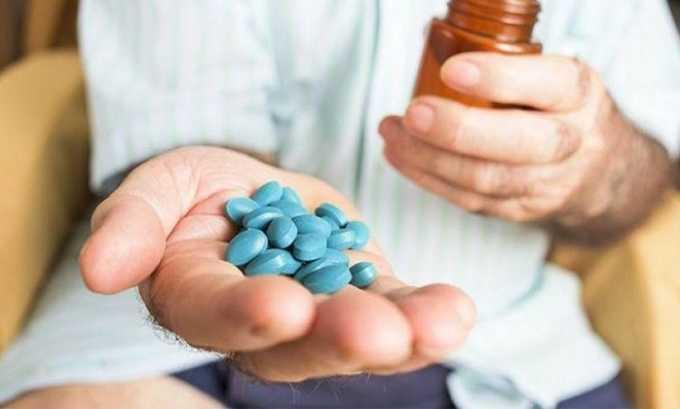 Медикаментозные средства позволяют устранить боль, усилить кровообращение в геморроидальных сплетениях и улучшить состояние сосудов