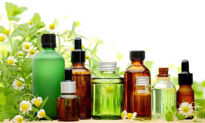 Для того, чтобы избежать появления трещин и раздражения, после принятия ванны нужно увлажнить анальное отверстие косметическим маслом