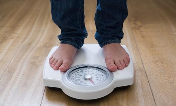 Избыточный вес считается причиной появления геморроя