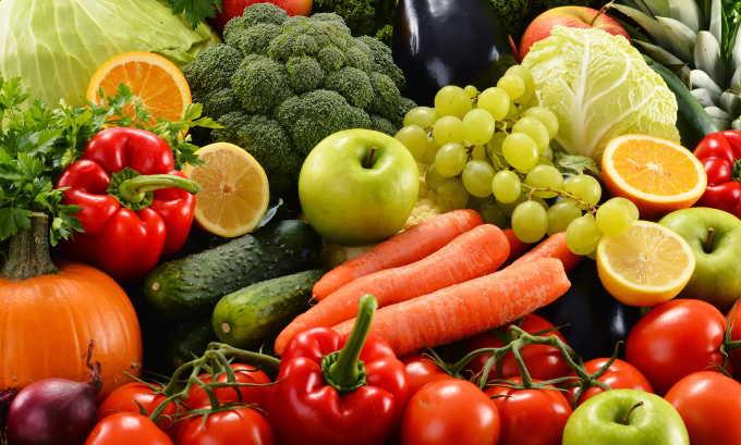 Диета и сбалансированное питание — основа профилактики геморроя у мужчин, ведь у многих представителей сильного пола в рационе преобладают вредные продукты с низким содержанием клетчатки
