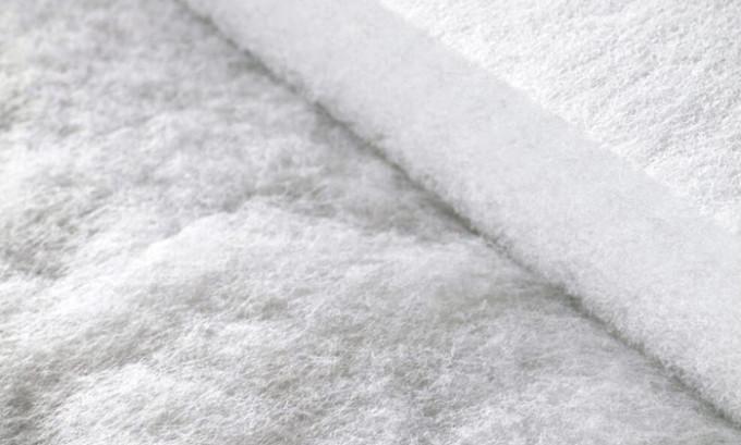 Синтепон можно использовать в качестве наполнителя подушки
