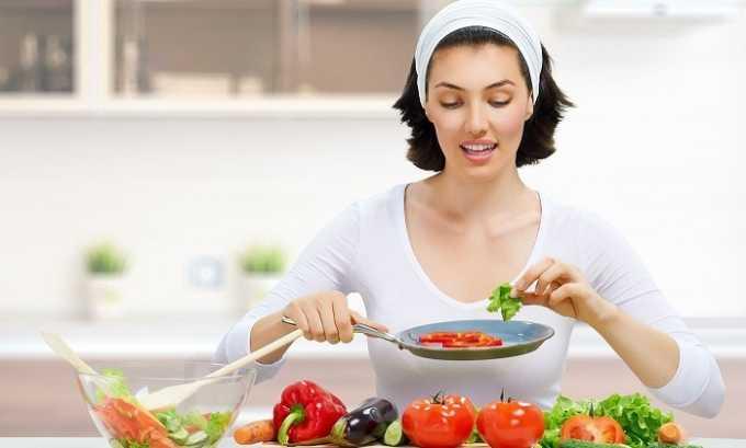 Лечение геморроя будет эффективным только при соблюдении диеты, не допускающей образования запоров