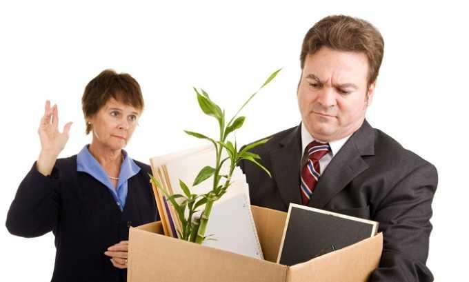 Страх потерять работу, нажитое годами имущество, деньги, вызывает расстройство кишечника и геморрой