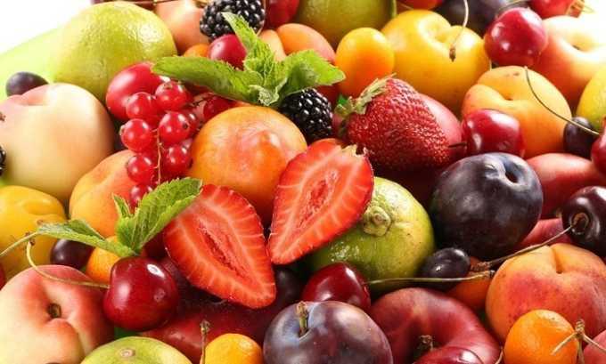 После склеротерапии человек должен стараться есть как можно больше фруктов и ягод
