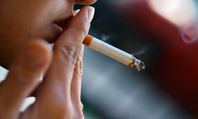 К предрасполагающим факторам возникновения тромбофлебита относится курение