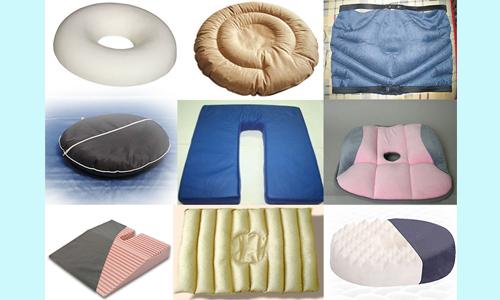 Для профилактики заболевания в специализированном магазине можно приобрести подушки от геморроя
