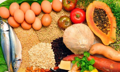 Если есть только полезные продукты и правильно организовать режим приема пищи, можно облегчить течение геморроя