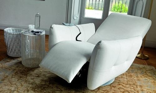 Не рекомендуется при геморрое использовать мягкое откидывающееся кресло