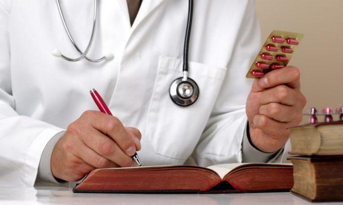 На основе полученных результатов проктолог выписывает больному лечение