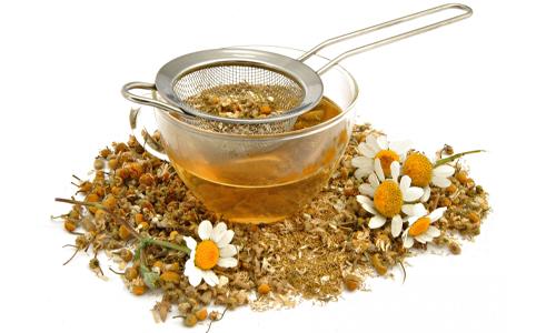 Для борьбы с заболеванием используются различные методы, один из них отвары лекарственных растений