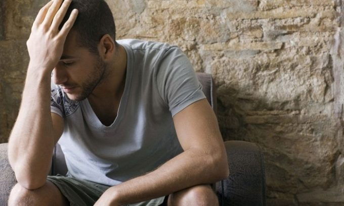 Продолжительные стрессы могут усугублять течение геморроя