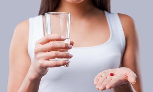 Таблетки удобны в использовании, т. к. принять их можно в любое время и в любом месте